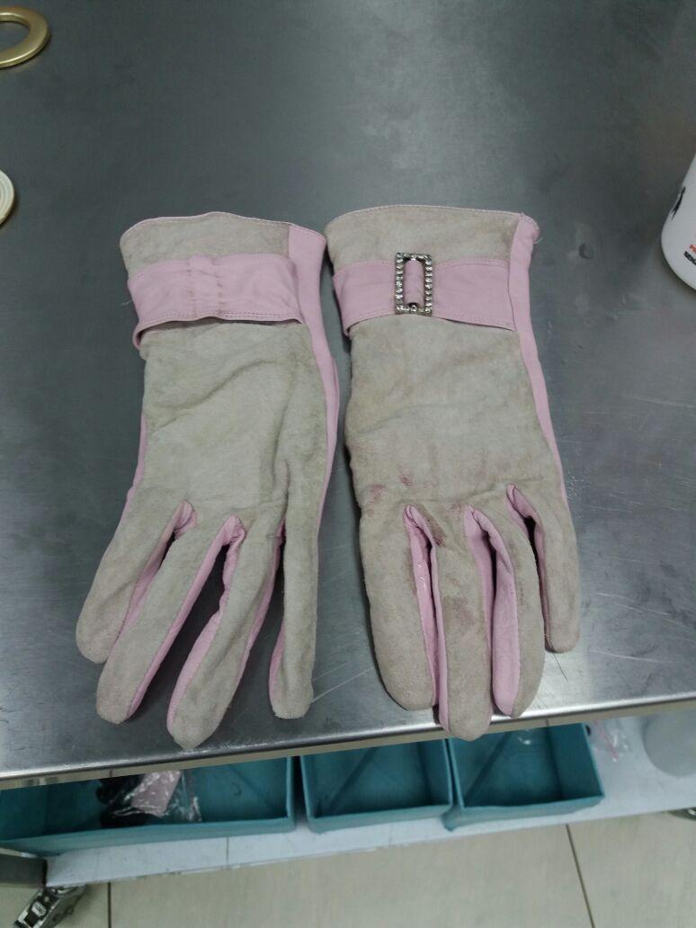 Before-Окраска перчаток из натуральной замши